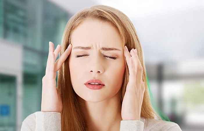 Nhức đầu sau chu kỳ kinh nguyệt do nguyên nhân gì? cách điều trị